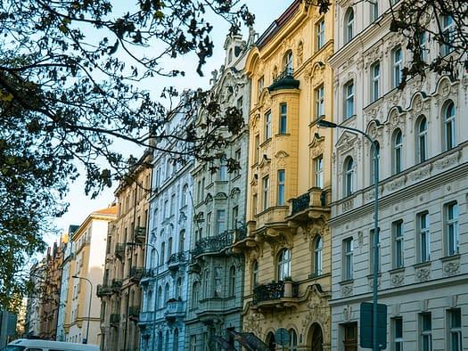 Cost housing Prague
